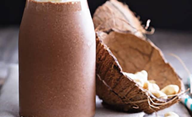 You are currently viewing Chocolate & Coconut Smoothie