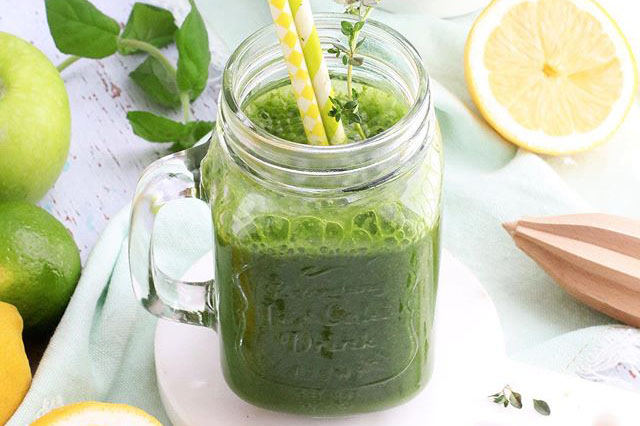 Read more about the article 3 Alkaline Smoothie Recipes to Start Your Day