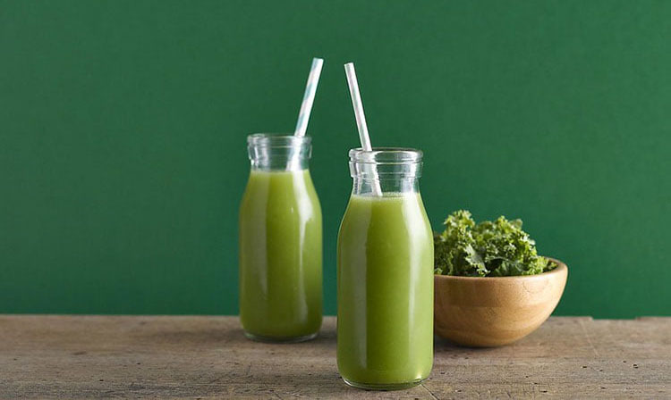 Best Migraine Smoothies for Headaches and Migraine Relief